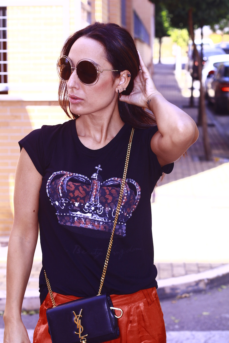 camiseta_corona